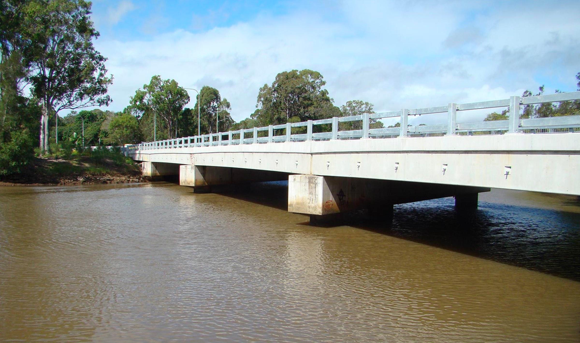 Petrie Creek Road Bridge
